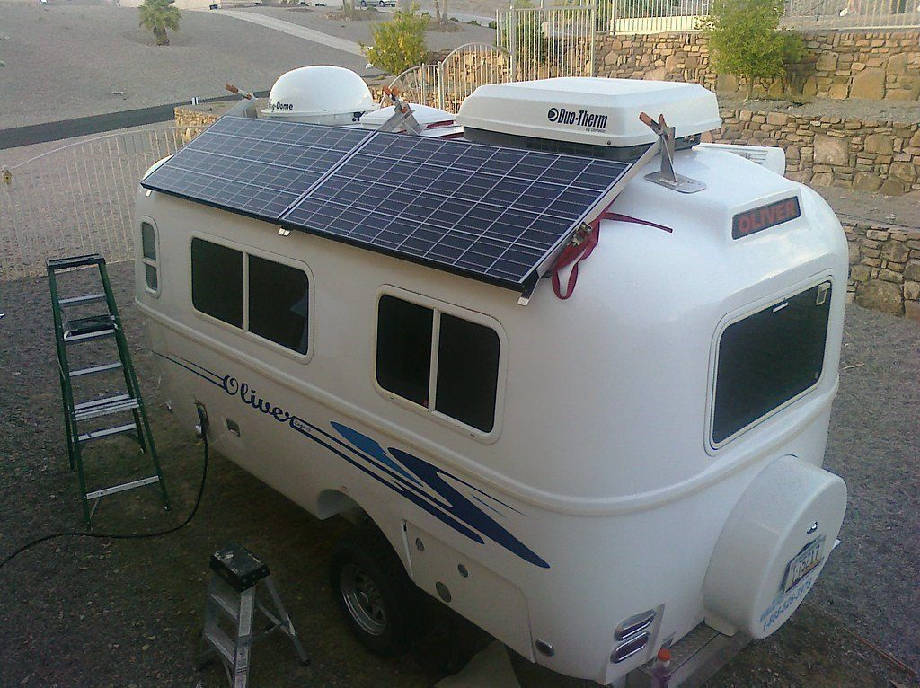 How to select the right RV solar panel kit?